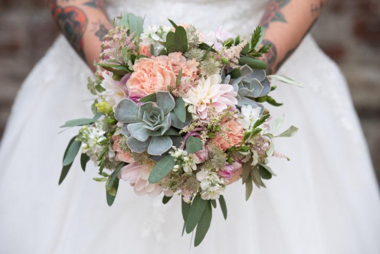 Pastel bouquet with succulents